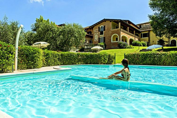Sfeervolle residence gelegen bij het Gardameer, in Saló.