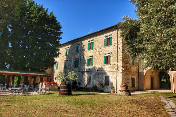 Boerderij Italië, Umbrie, Gualdo Cattaneo Boerderij IT-06035-04