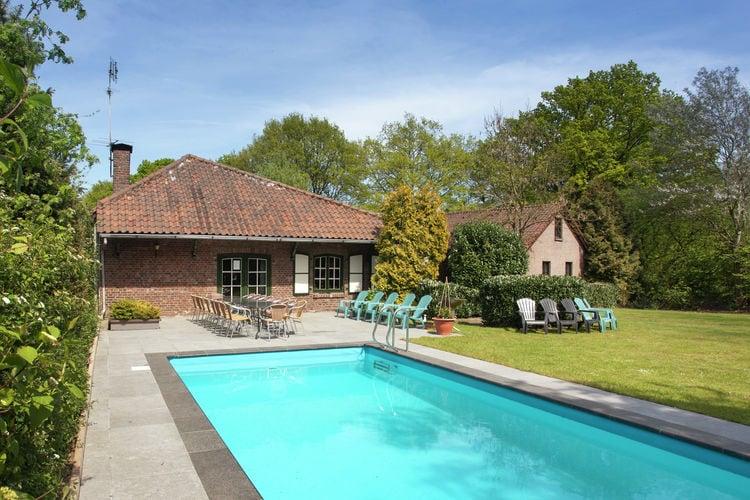 Vakantiehuizen Nederland | Limburg | Boerderij te huur in Sint-Joost met zwembad   18 personen