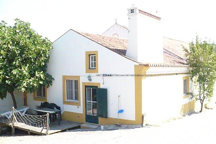 Portugal | Alentejo | Boerderij te huur in Montemor-O-Novo met zwembad aan zee met wifi 4 personen