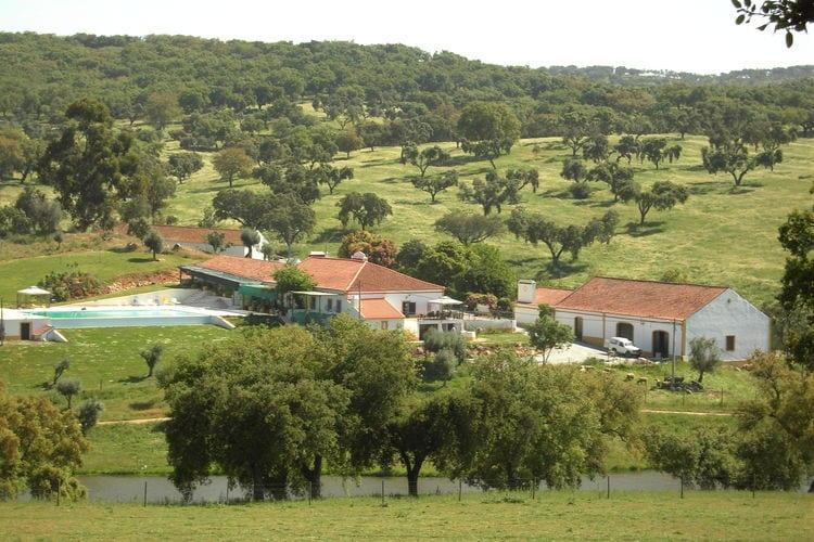Vakantiehuizen Portugal | Alentejo | Boerderij te huur in Montemor-O-Novo met zwembad  met wifi 6 personen