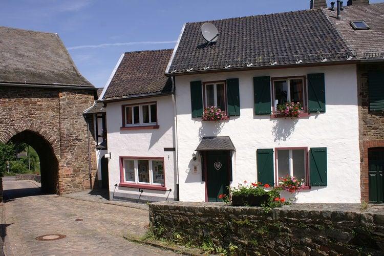 Appartementen Duitsland | Eifel | Appartement te huur in Hellenthal-Reifferscheid   met wifi 2 personen