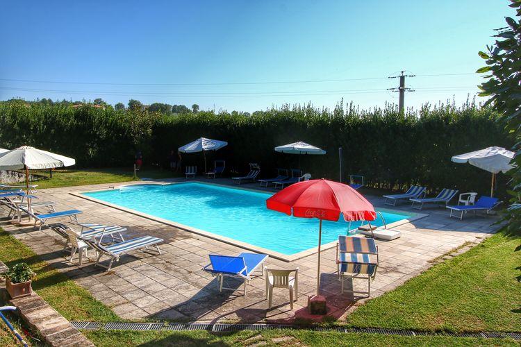Vakantiehuizen Italie | Umbrie | Boerderij te huur in Gualdo-Cattaneo met zwembad  met wifi 3 personen