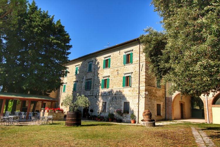 Boerderij Italië, Umbrie, Gualdo Cattaneo Boerderij IT-06035-05