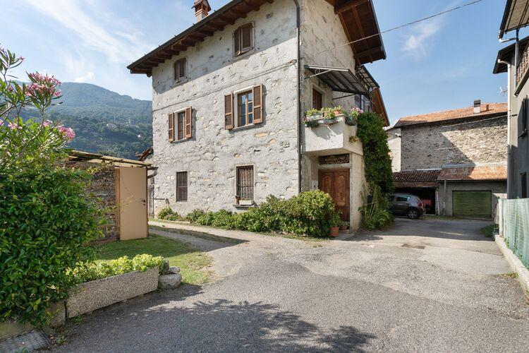 Vakantiehuizen Italie | Italiaanse-Meren | Appartement te huur in Dongo    4 personen