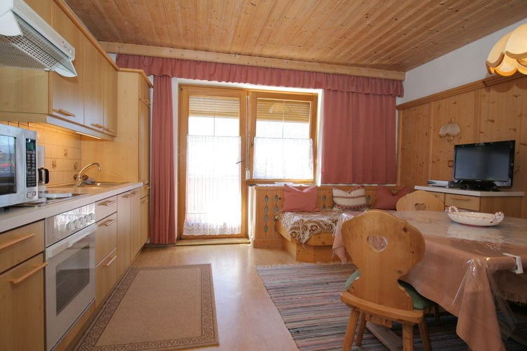 Ref: AT-9991-10 2 Bedrooms Price