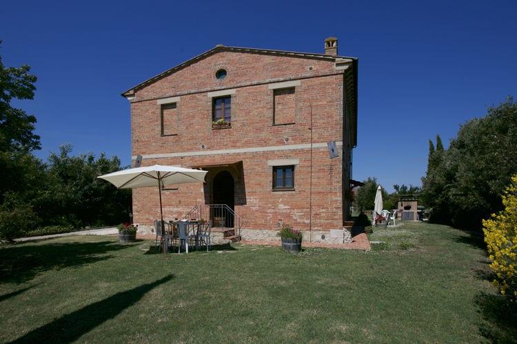 Boerderij met zwembad met wifi  ToscanaStalla Rossa