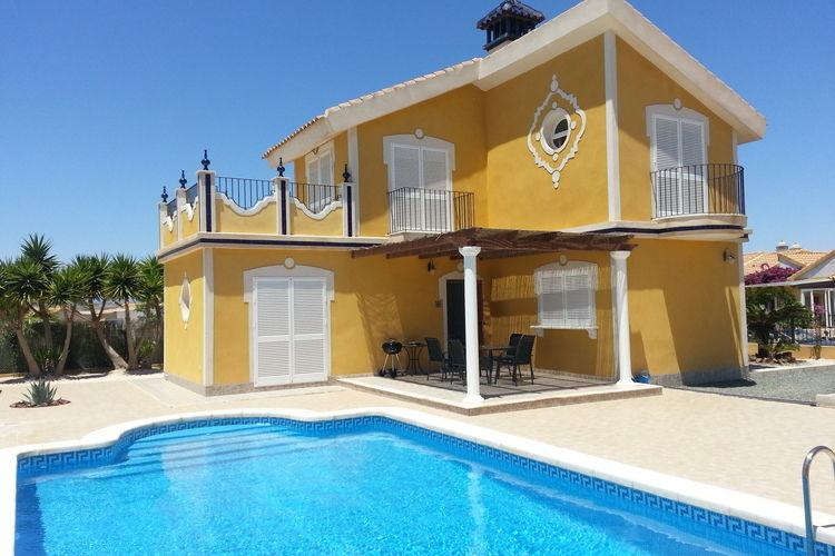 Costa Calida Vakantiewoningen te huur Mooi vakantiehuis met privé-zwembad en omheinde tuin