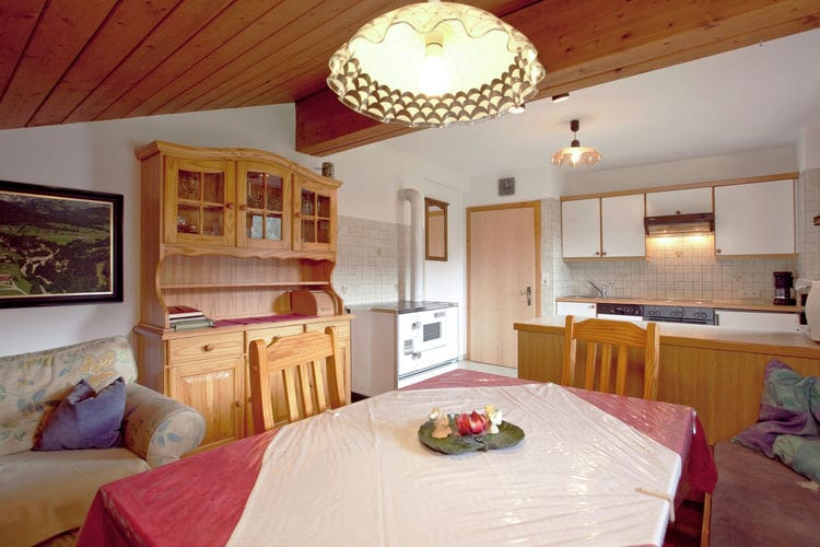 Ref: AT-5532-04 3 Bedrooms Price