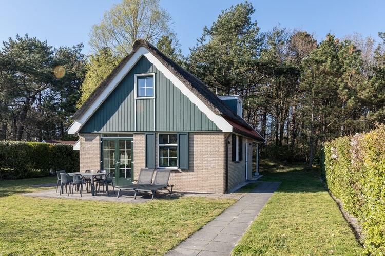 Woning Nederland | Wadden | Vakantiehuis te huur in De-Koog met zwembad  met wifi 6 personen