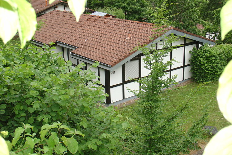 Vakantiehuis met zwembad met wifi  HessenRonshausen 3