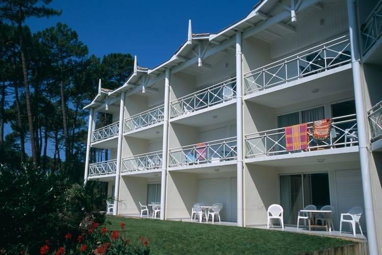 Appartement met zwembad   Cote AtlantiqueRésidence du Golf 8