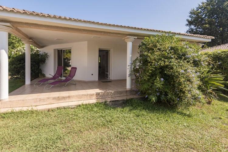 Vakantiehuizen Frankrijk | Corse | Villa te huur in Moriani-Plage met zwembad  met wifi 7 personen
