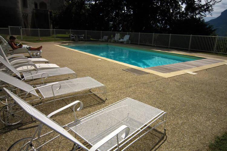 Kasteel met Zwembad te huur