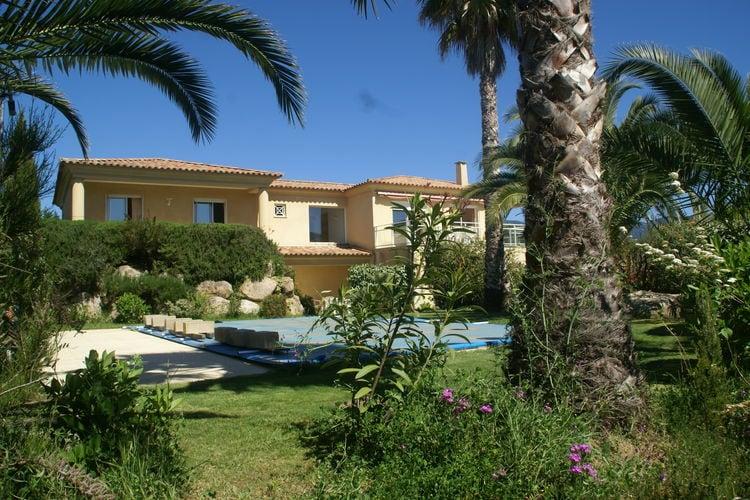 St-Andrea-Dorcino Vakantiewoningen te huur Prachtige villa met privézwembad en panoramisch uitzicht over de zee