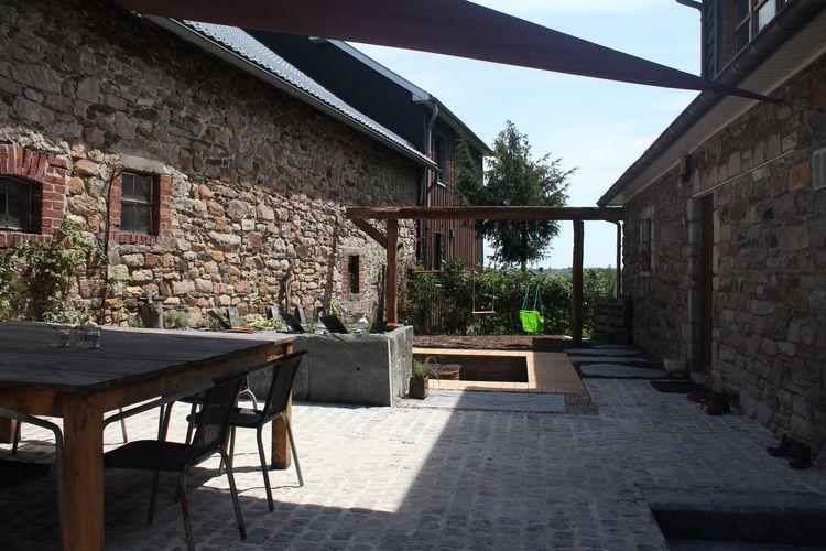Ovifat Vakantiewoningen te huur Geschakeld vakantiehuis op een boerderij in Ovifat