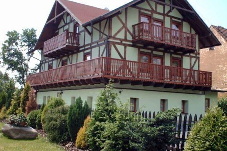 Tsjechie | West-Bohemen | Appartement te huur in Hroznetin   met wifi 10 personen