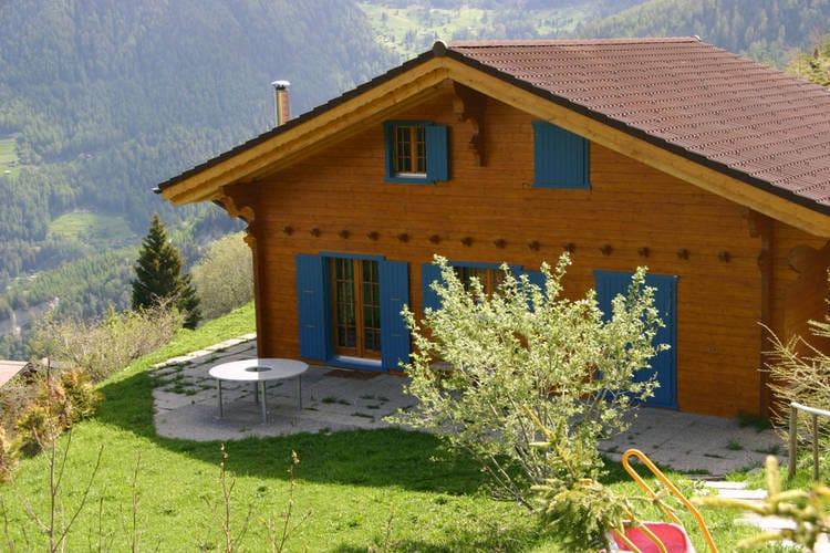 Chalet    La Tzoumaz  Chalet Alpina biedt een geweldig uitzicht.