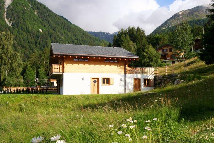 Zwitserland Vakantiewoningen te huur Chalet Tanya beschikt onder andere over een sauna.