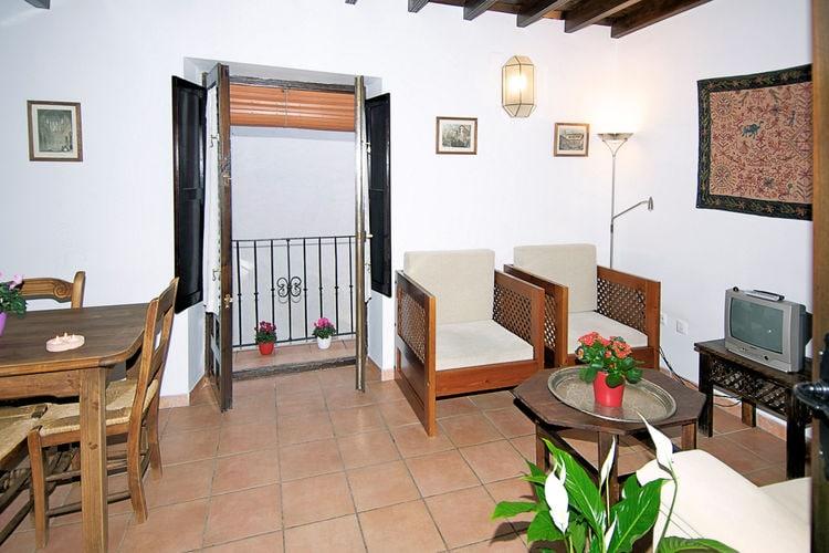 Andalucia Appartementen te huur Stadsappartement met sfeervolle patio aan de voet van het Alhambra in Granada