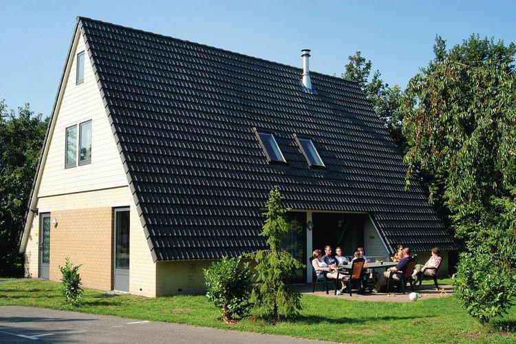 Vakantiehuizen Nederland | Noord-Brabant | Vakantiehuis te huur in Oosterhout met zwembad  met wifi 12 personen