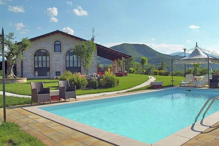 Vakantiehuizen Italie | Marche | Vakantiehuis te huur in Cagli met zwembad  met wifi 6 personen