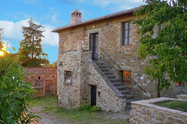 Vakantiehuizen Italie | Umbrie | Vakantiehuis te huur in Magione-Perugia    8 personen
