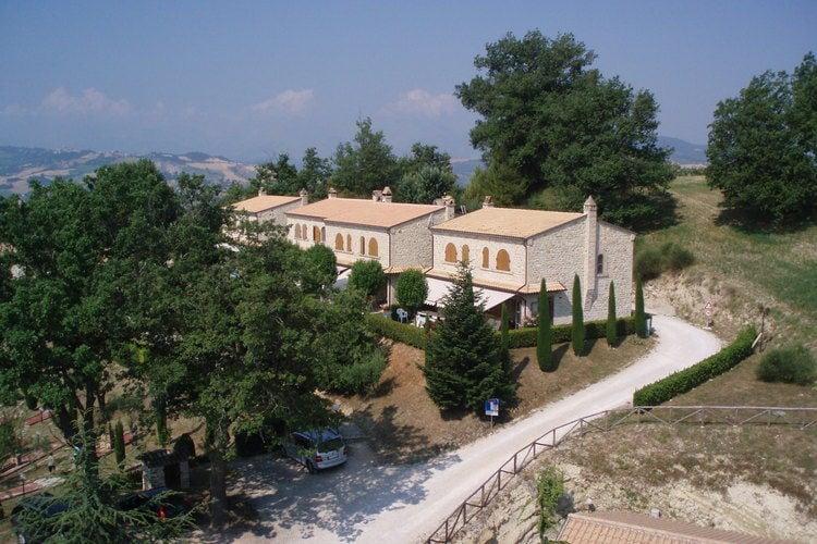 vakantiehuis Italië, Marche, Montelparo vakantiehuis IT-63020-02