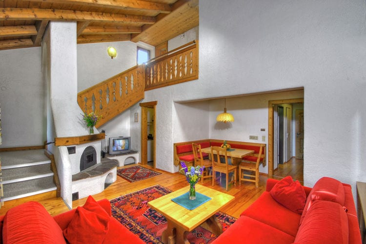 Ref: AT-9971-15 3 Bedrooms Price
