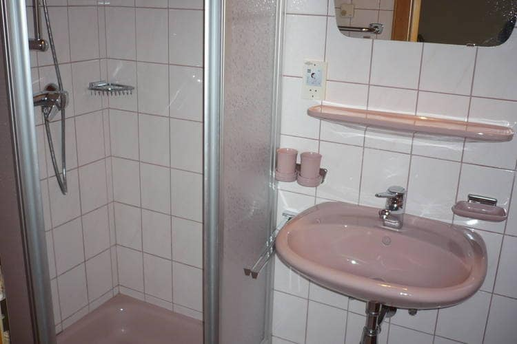 Ref: AT-5602-16 3 Bedrooms Price