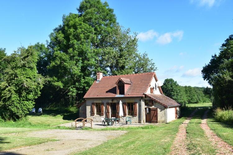Vakantiewoning huren in Isenay -   met wifi  voor 4 personen  Dit Bourgondische vakantiehuis voo..