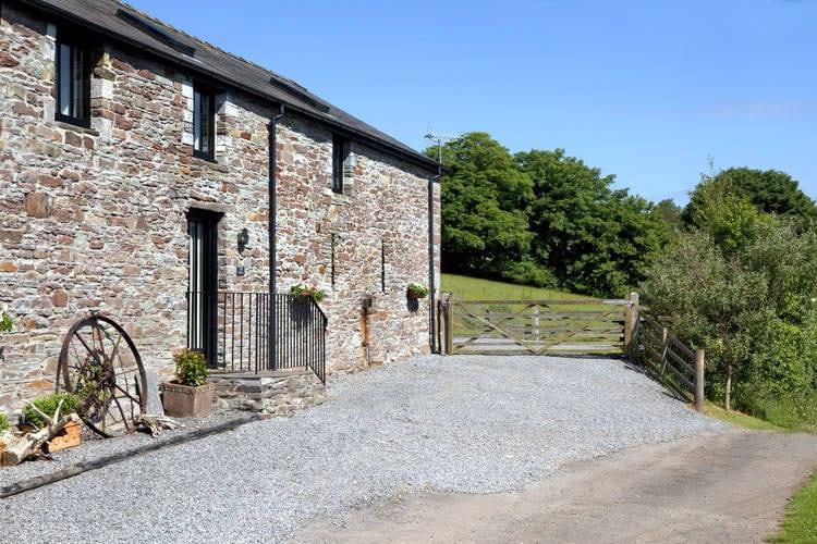 Groot-brittannie Boerderijen te huur Luxe gerenoveerde vakantiewoning, 18e-eeuwse boerenschuur op boerderij in Wales