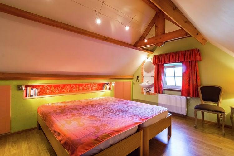 vakantiehuis België, Namen, Roly vakantiehuis BE-5600-06