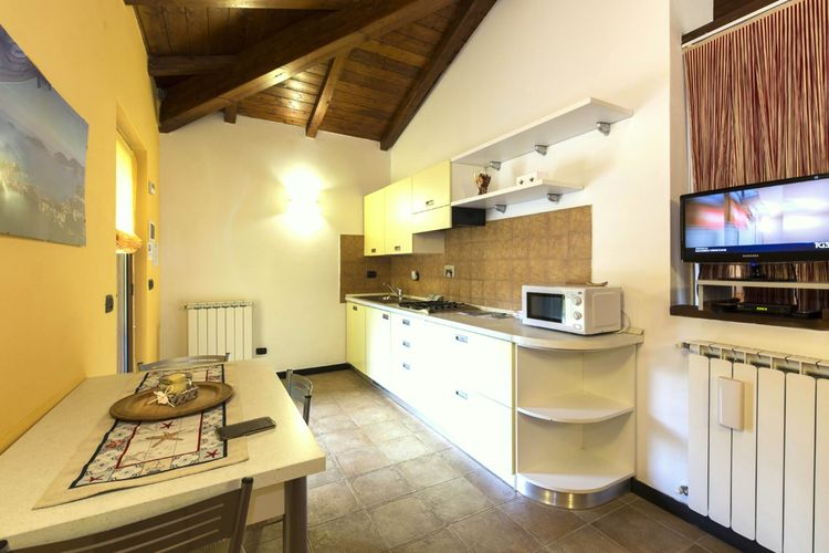 vakantiehuis Italië, lig, Loc. Montebello - Bolano vakantiehuis IT-19020-07