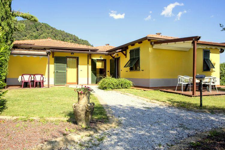 Italie | Lig | Vakantiehuis te huur in Loc-Montebello-Bolano met zwembad  met wifi 4 personen