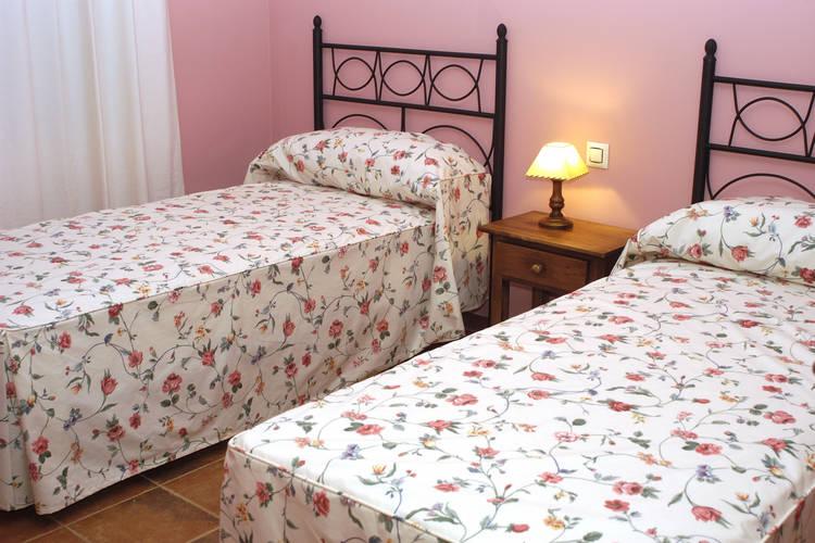Ref: ES-10730-01 3 Bedrooms Price