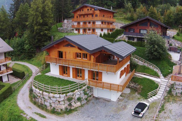 Zwitserland | Jura | Chalet te huur in La-Tzoumaz   met wifi 12 personen