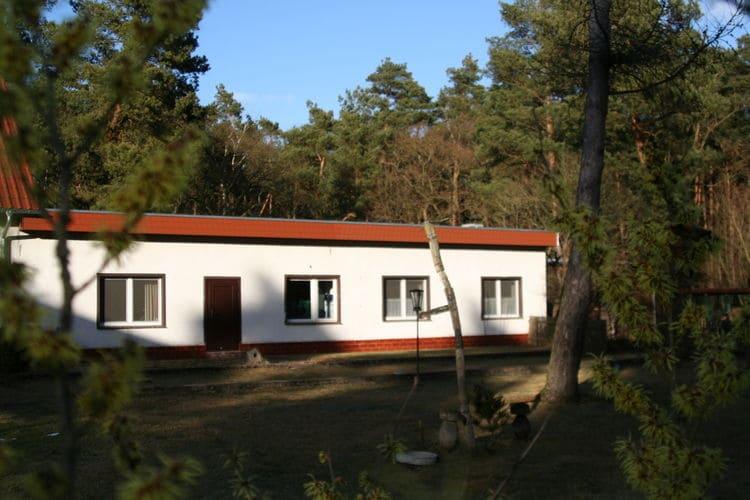 Vakantiewoning  met wifi  Kirchhofen / Spreenhagen bei Fürstenwalde  Vakantiewoning midden in het bosgebied in de directe omgeving van Berlijn