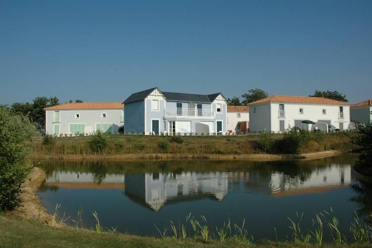 Ferienhaus Charmantes Ferienhaus mit Geschirrspüler am Golfplatz (236409), Coëx, Vendée Binnenland, Pays de la Loire, Frankreich, Bild 5