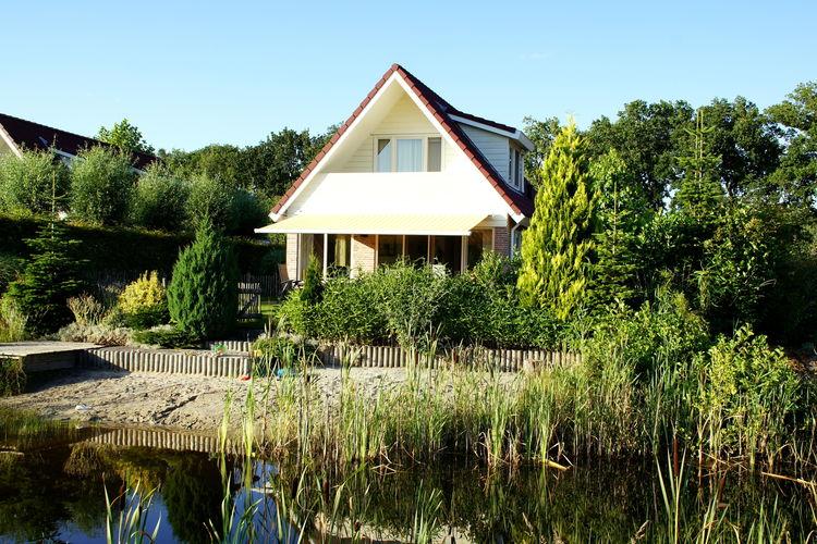 Villa, direct aan vis- en zwemmeertje, tuin omheind, 3 nationale parken dichtbij