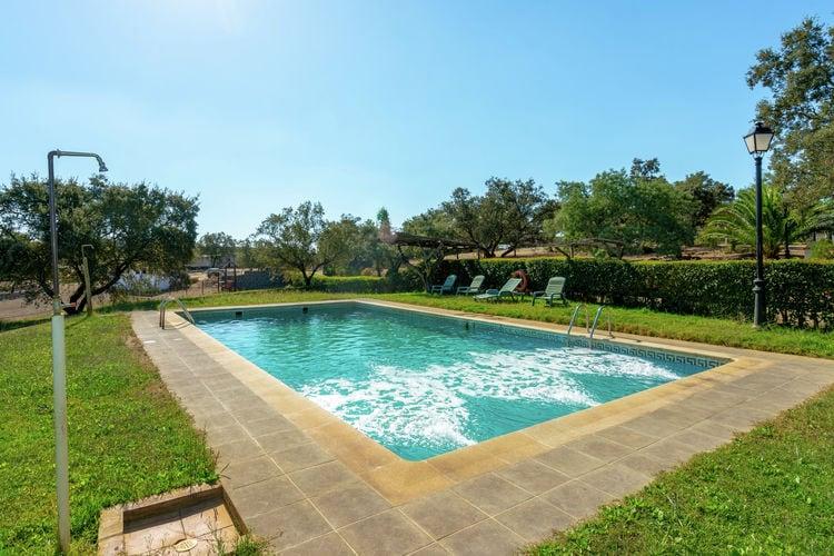 Vakantiewoning met zwembad   Herrera de Alcántara  Landgoed van 300ha. met vijf vrijstaande vakantiewoningen