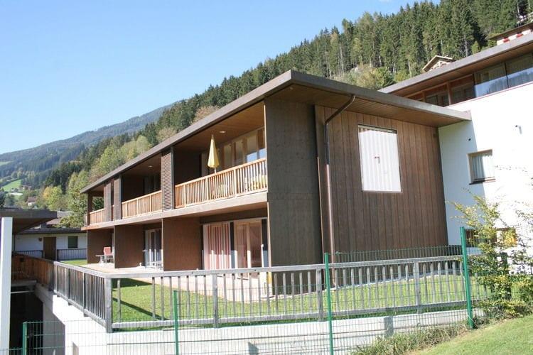 Tirol Vakantiewoningen te huur Prachtige maisonnette met veel luxe en echt Oostenrijks karakter