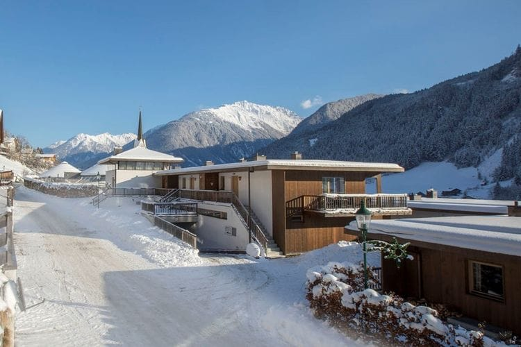 Vakantiehuizen Oostenrijk | Tirol | Vakantiehuis te huur in Wald-Konigsleiten met zwembad  met wifi 8 personen