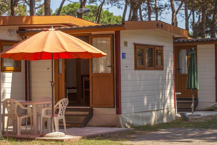 Luxe mobilhome met airco op mooi park direct aan zee met vele faciliteiten