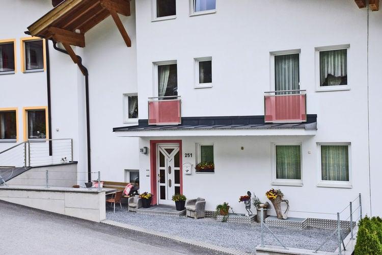 Appartement Oostenrijk, Tirol, Strengen Appartement AT-6571-05