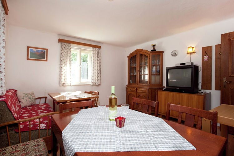 Ref: AT-5672-16 6 Bedrooms Price