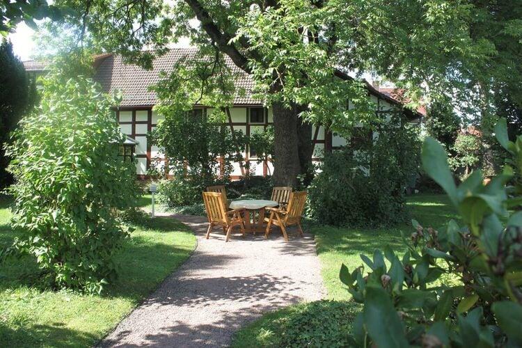 Ferienhaus Gemütliche Ferienwohnung in Tabarz Thüringen in Waldnähe (294321), Tabarz, Thüringer Wald, Thüringen, Deutschland, Bild 2