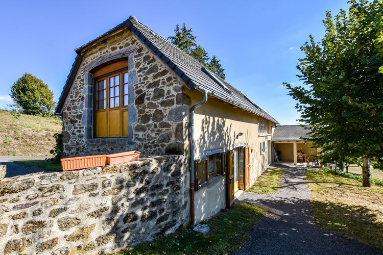 Vakantiehuizen Auvergne te huur Calvinet- FR-15340-02    te huur
