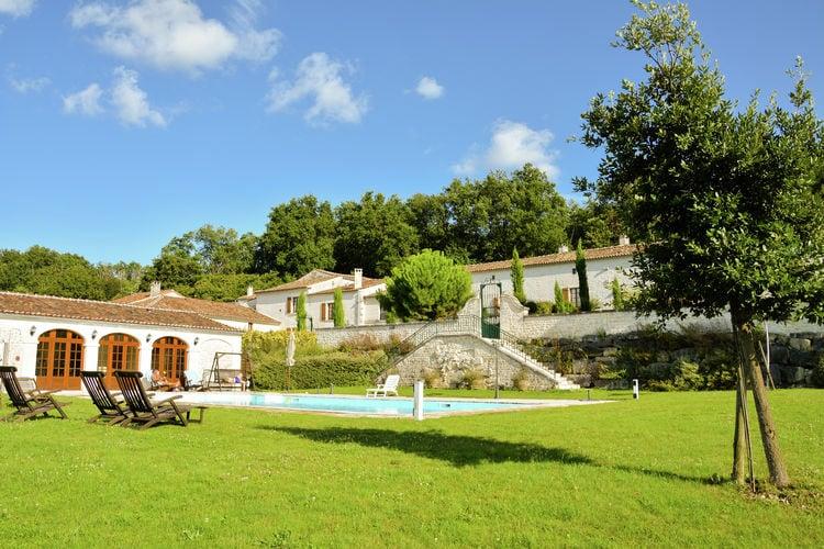 Vakantiehuizen Frankrijk | Dordogne | Vakantiehuis te huur in Saint-Preuil met zwembad  met wifi 4 personen