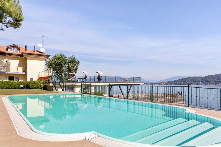 Vakantiehuizen Italie | Italiaanse-Meren | Vakantiehuis te huur in Meina met zwembad  met wifi 4 personen